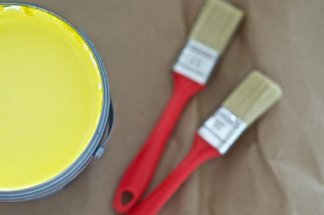 Gele verf