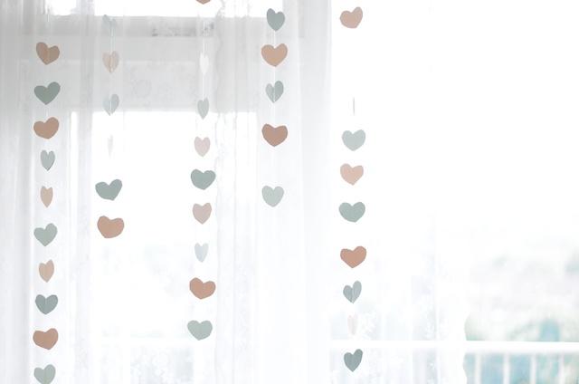 Diy slingers a cup of life for Bruiloft versiering zelf maken