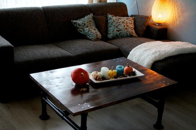 koffietafel van steigerbuizen