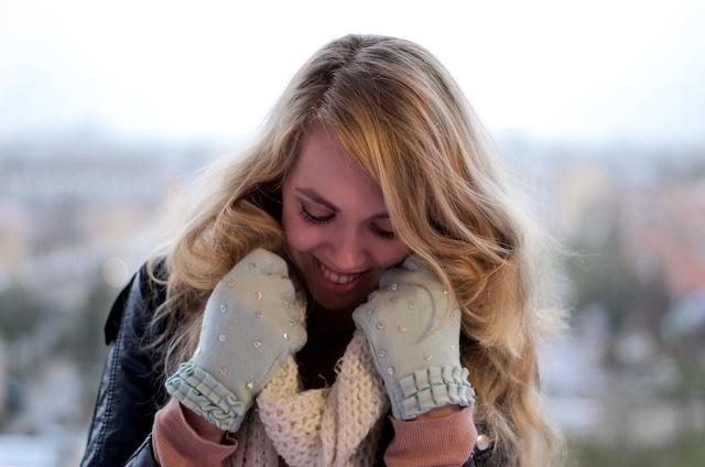 Beglitter zelf je handschoenen - tutorial op A Cup of Life