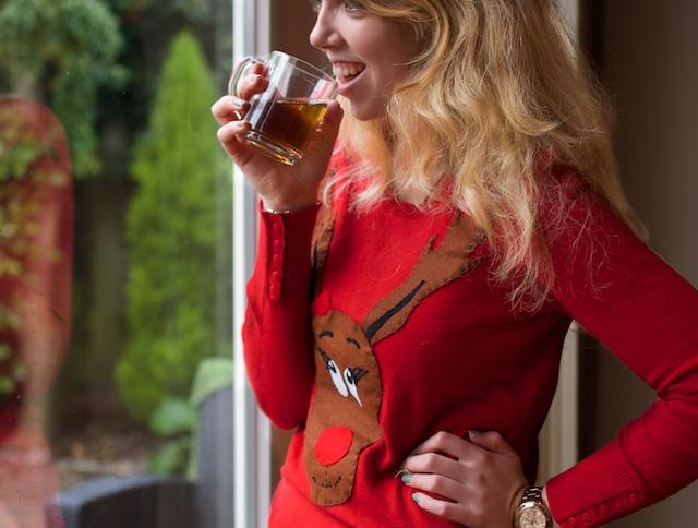 Hoe maak je een rudolf kersttrui - leer het op www.acupoflife.nl!