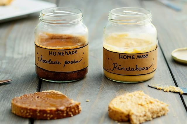 pindakaasrecept, zelf pindakaas maken, welke noten pindakaas, nutella zelf maken, chocolade pasta zelf maken, welke noten chocoladepasta, recept chocoladepasta, recept nutella