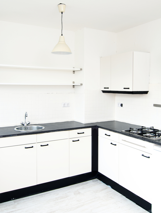 Witte Keuken Taupe Muur : Sneak peek van mijn keuken ? a cup of life