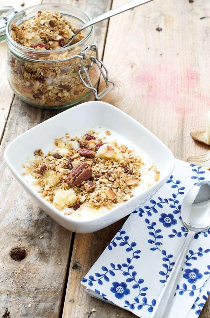zelf granola maken, muesli recept, cruesli recept, gezond ontbijt