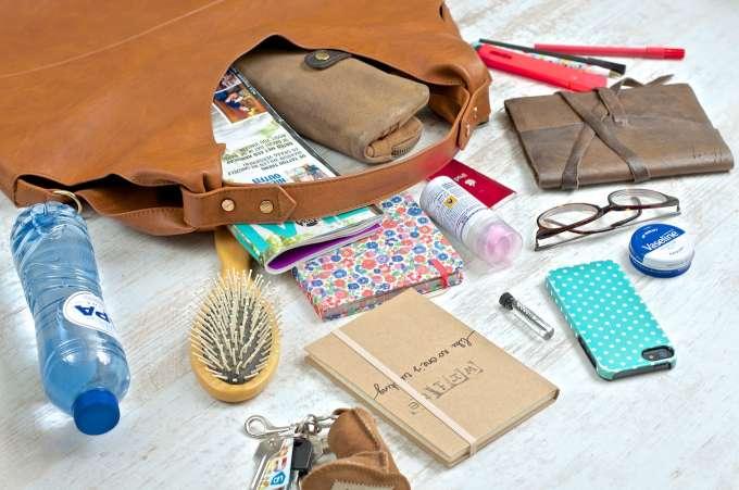What's in my bag - Shifra's tas