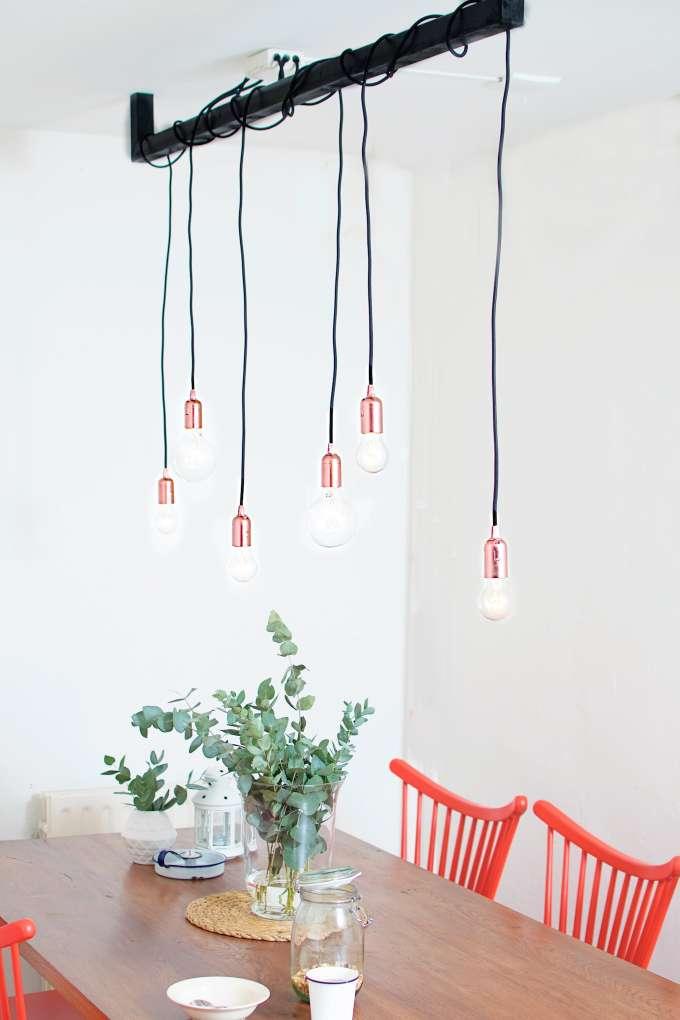gloeilampen boven eettafel, meerdere gloeilampen ophangen