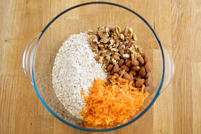 Carrot cake granola (3)