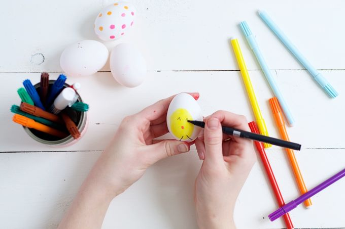 Verf je eieren creatief 4 manieren (8)