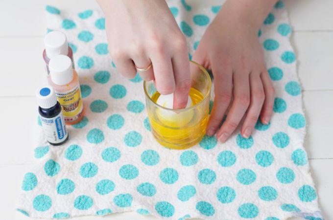 Verf je eieren creatief 4 manieren (9)