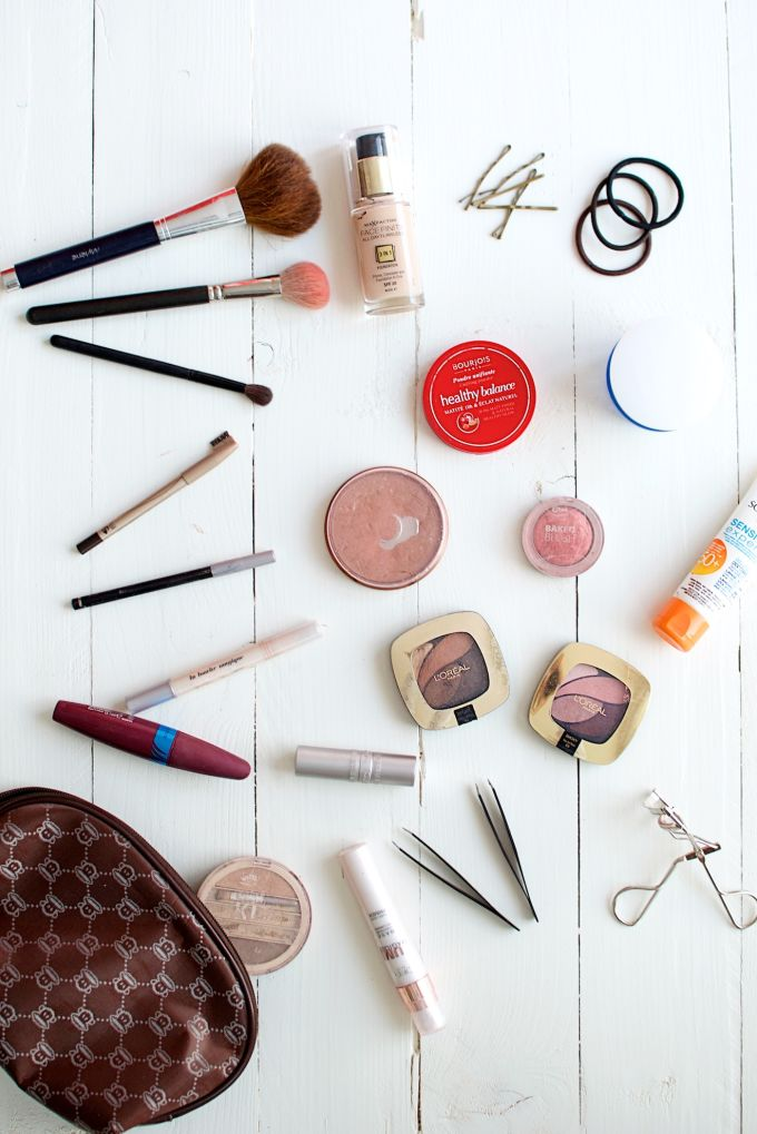 What's in my make-up bag (5)