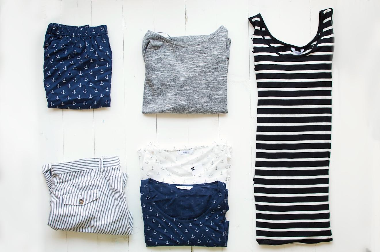 Zes outfit met zes kledingstukken