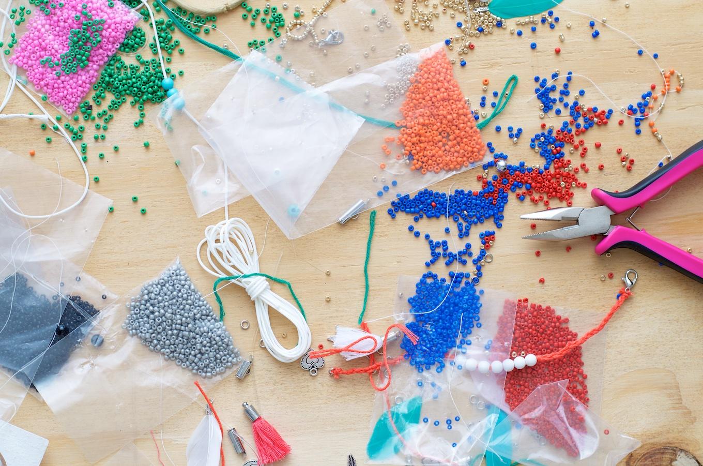 kralenarmbandjes, zelf armbandjes maken