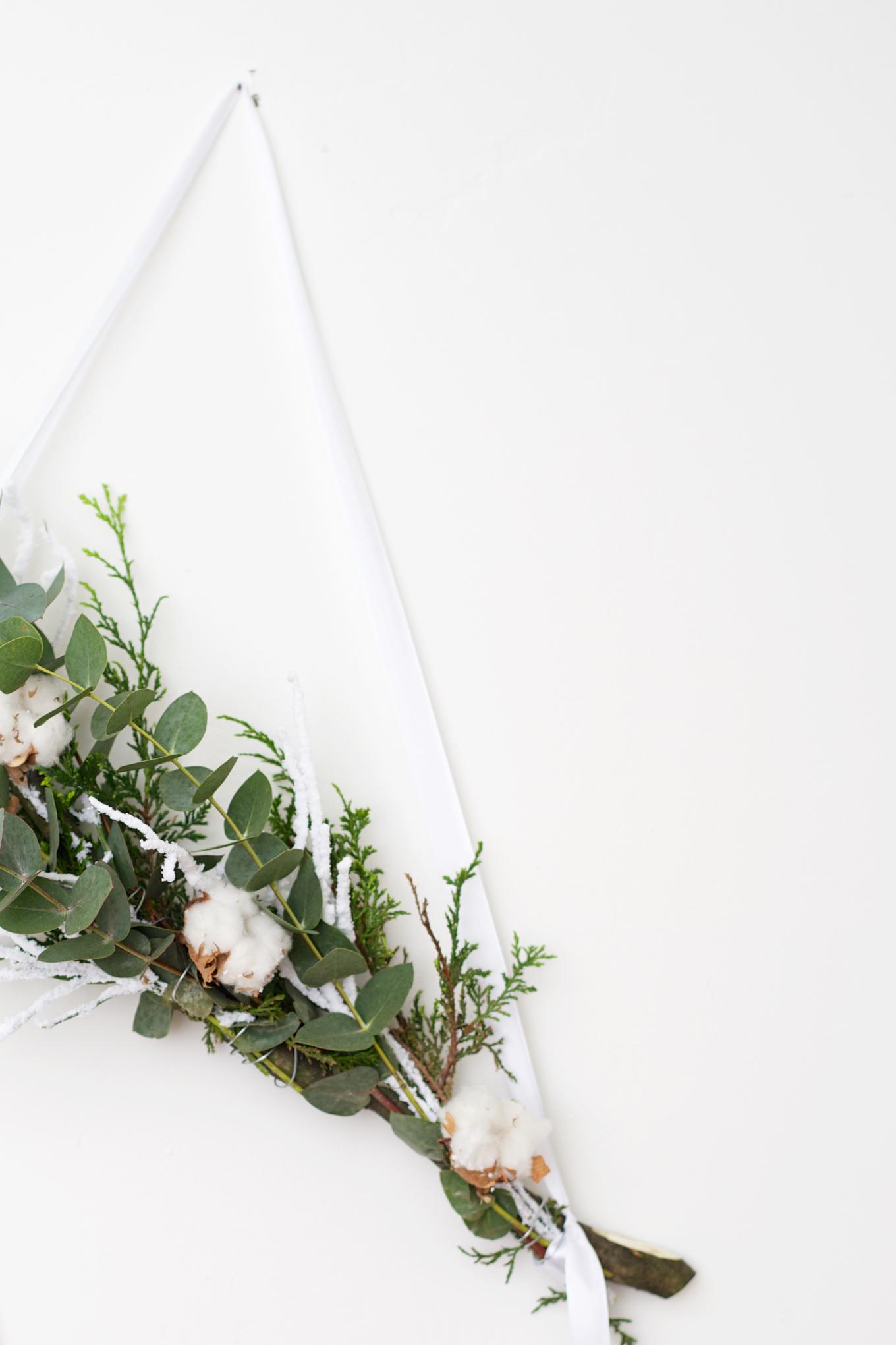 DIY kerstkrans met natuurlijke materialen (3)