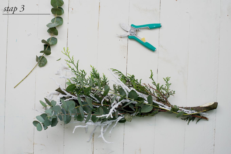 DIY kerstkrans met natuurlijke materialen2 (1)