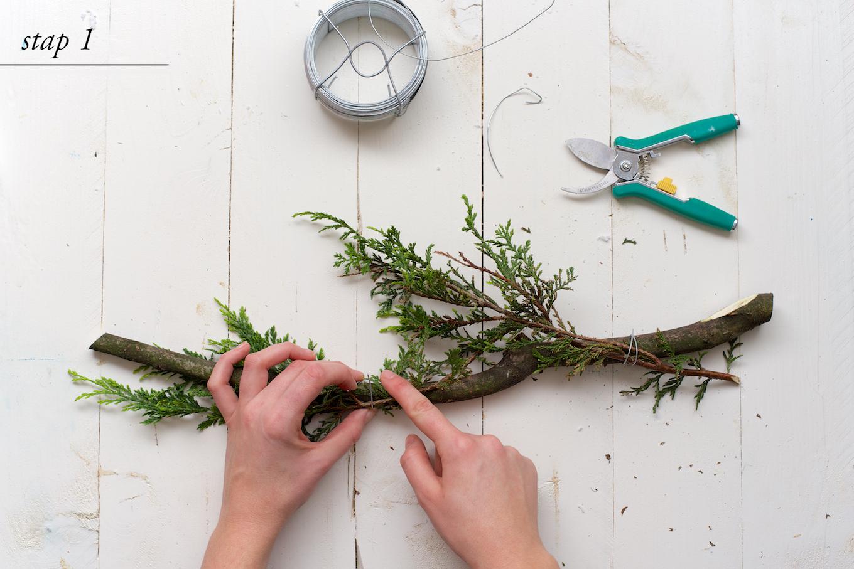 DIY kerstkrans met natuurlijke materialen5 (1)