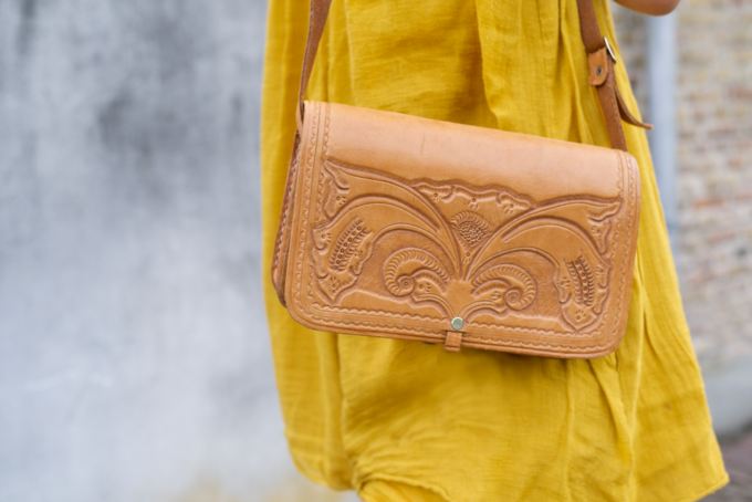 Zomer fashionshoot gele jurk zara (1)