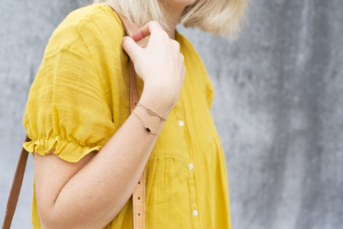 Zomer fashionshoot gele jurk zara 5