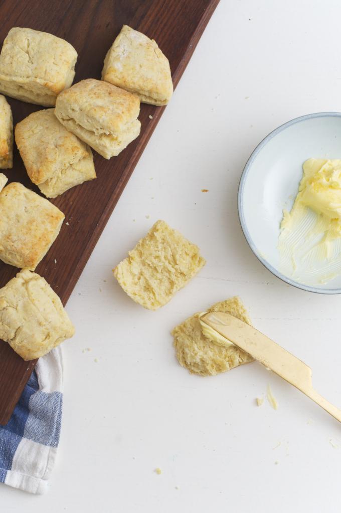 Recept voor Amerikaanse buttermilk bisquits