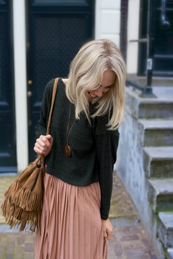 Outfit inspiratie met een plissé rok, herfst trend