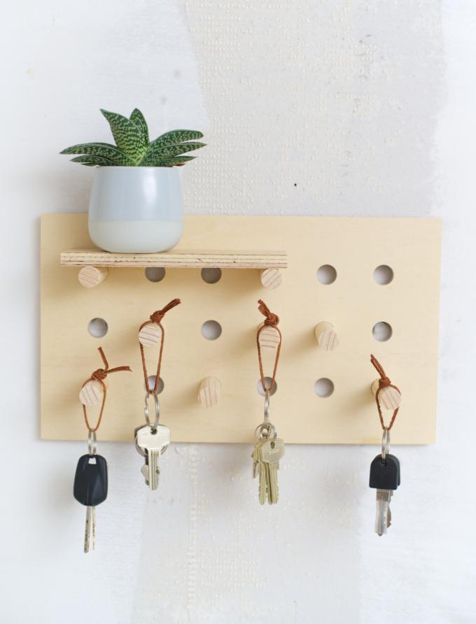DIY pegboard sleutelrek (2)