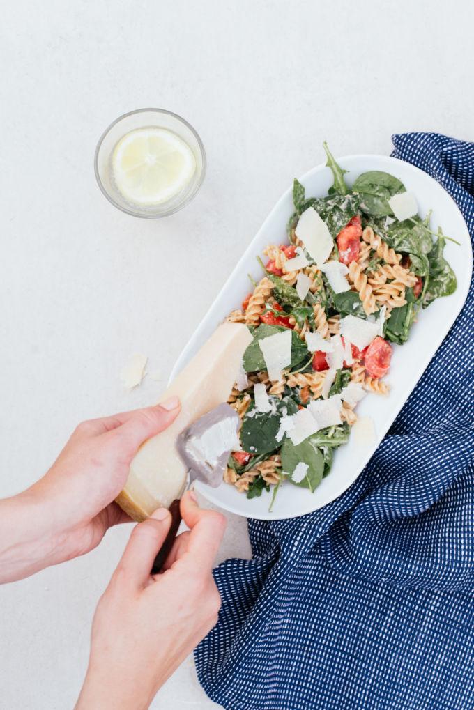 De beste zomerse pastasalade. Zo fris & makkelijk!