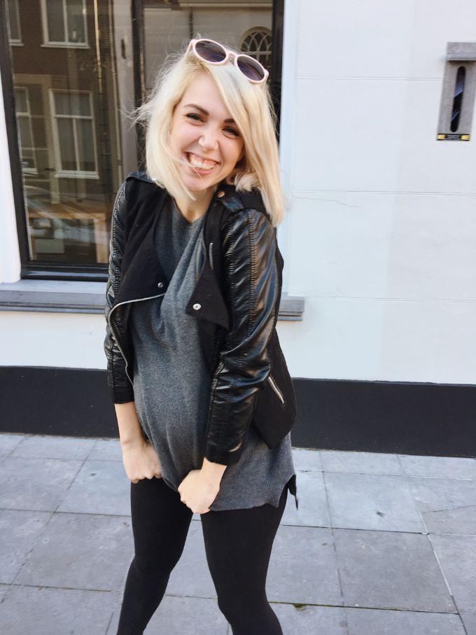 zwangerschaps kleren dragen