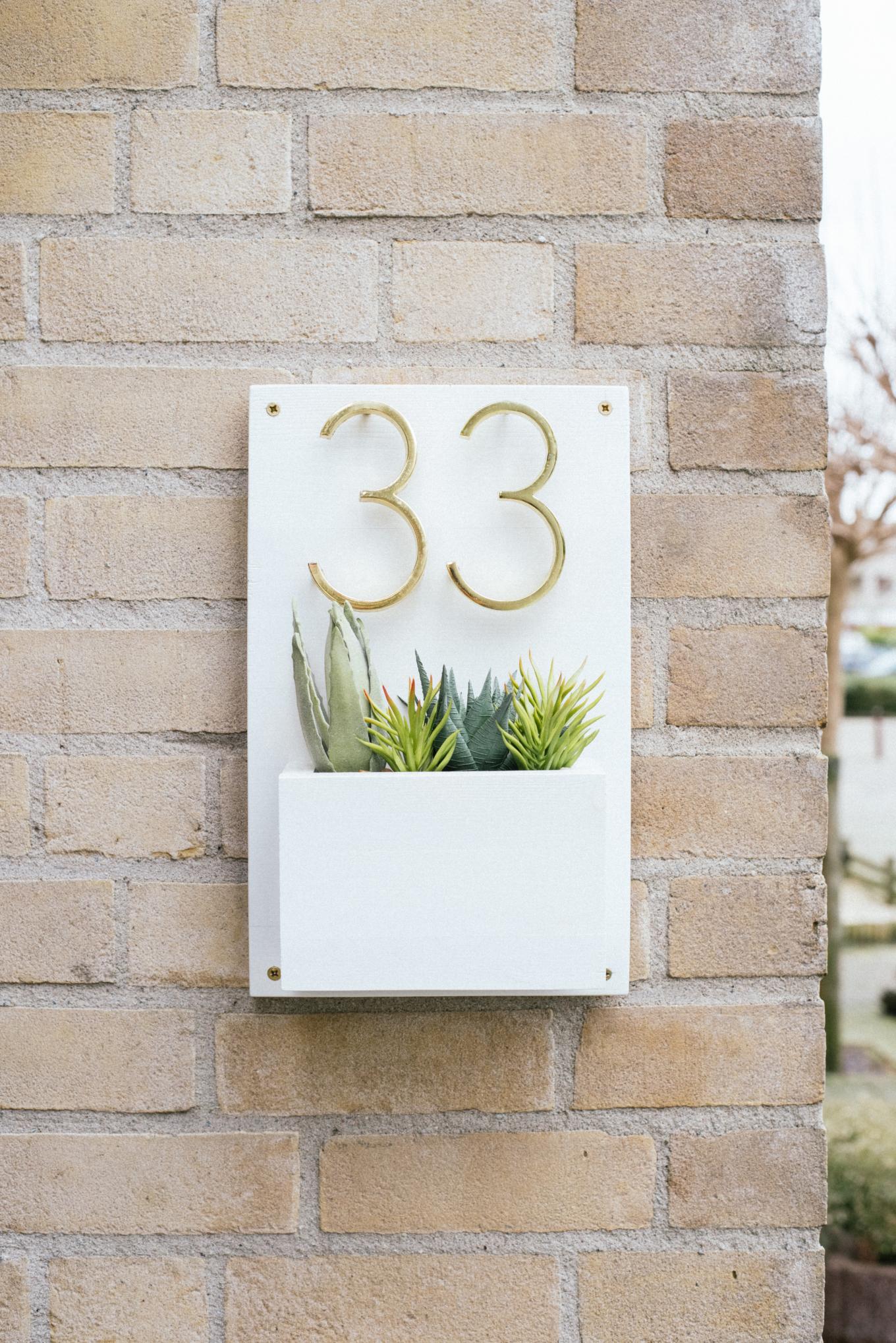 DIY huisnummers met plantenbak-1-4