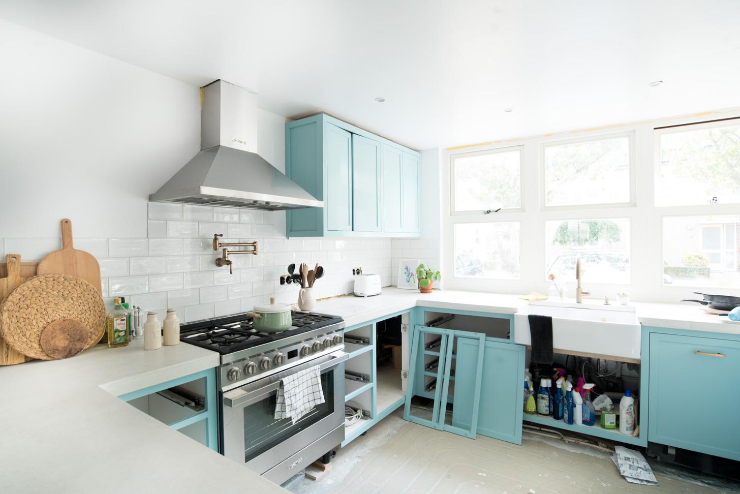Witte Keuken Schilderen : Hoe verf je je keuken blauw a cup of life
